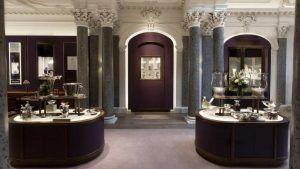 Эдинбургский ювелирный магазин Hamilton & Inches открывает обновленный выставочный зал
