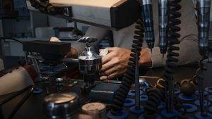 Jacob & Co. собирается выставить на аукцион первые в мире часы NFT