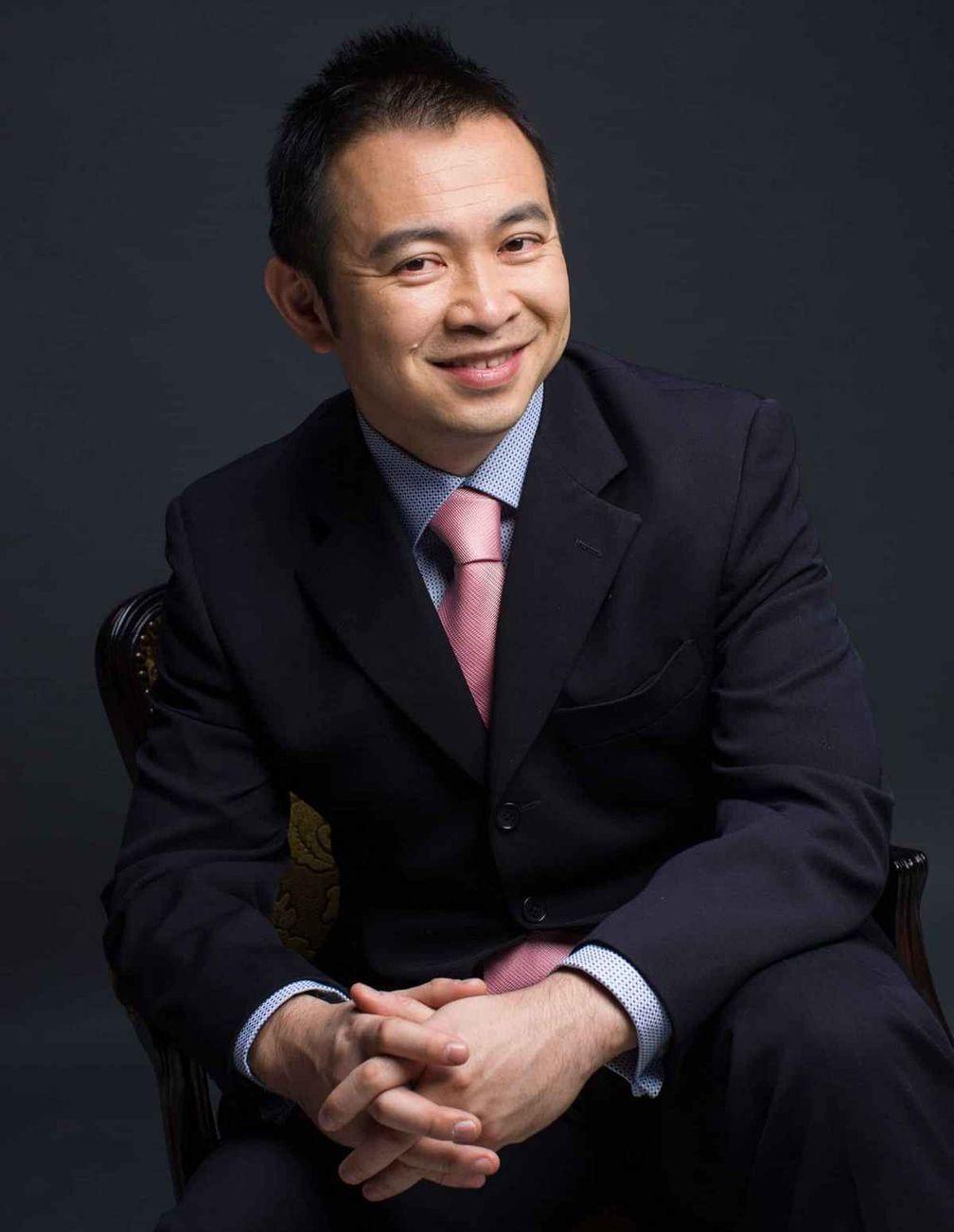 Торговец драгоценными камнями из Шанхая Чен Шен