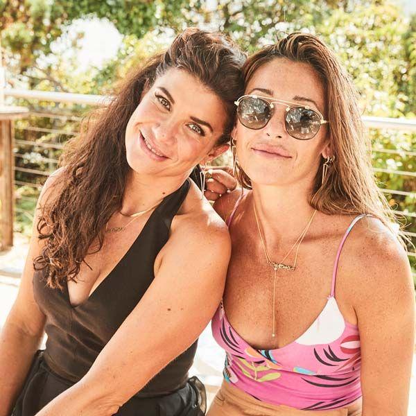 Кимберли Берри Хейш (слева) с подругой и стилистом Габриэлой Лангоне