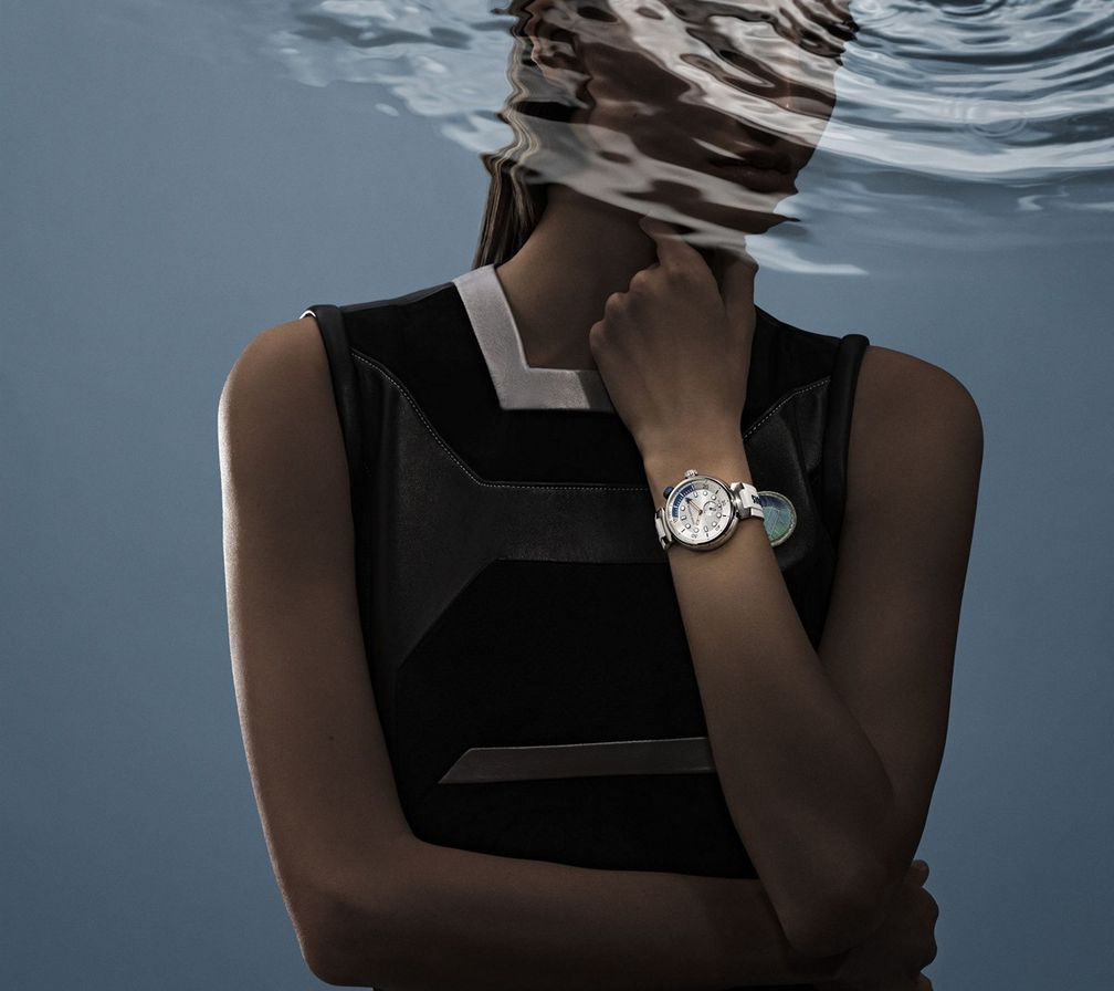 Tambour Street Diver от Louis Vuitton