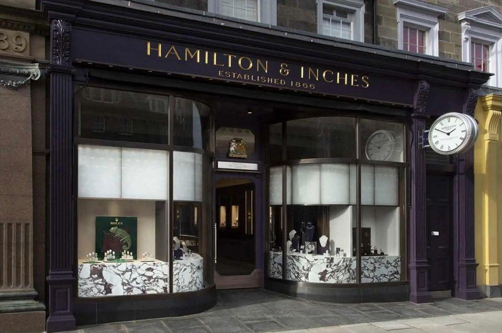 Обновленный выставочный зал Hamilton & Inches