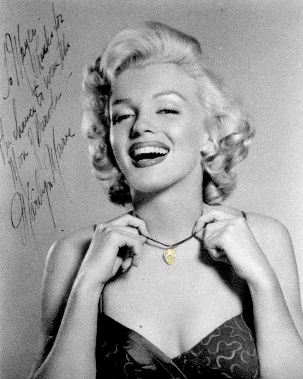 Фотография 1953 года с автографом Мэрилин Монро