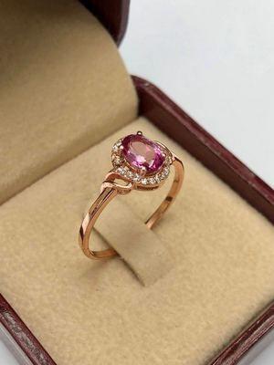 Розовый топаз: свойства и особенности камня
