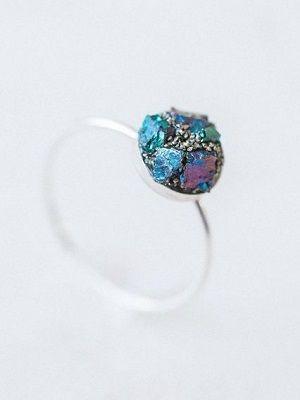 кольцо с халькопиритом