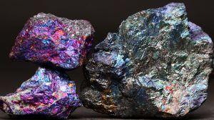 Борнит: особенности и применение камня