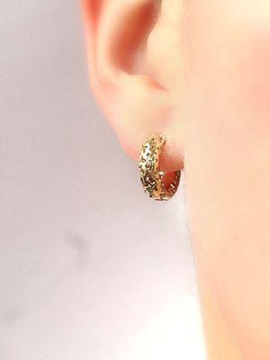 Золотые серьги без камней: особенности, как выбрать и носить