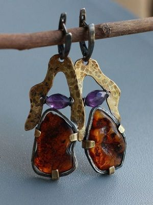 Серьги с янтарем: особенности, как выбрать и носить