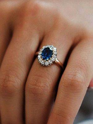 Кольца с сапфирами и бриллиантами: благородное и изысканное сочетание