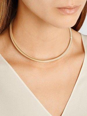 Золотое ожерелье: особенности украшения, как выбрать и с чем носить