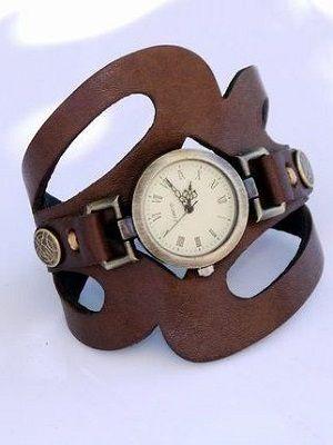 Винтажные наручные часы: особенности и как их носить