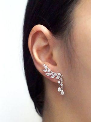 Серьги с бриллиантами: особенности выбора, как и с чем носить