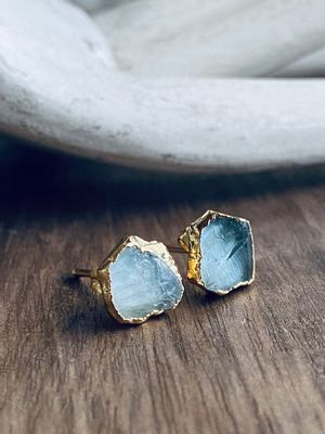 красивые серьги с камнями