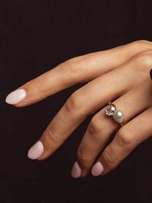 кольцо с жемчугом и бриллиантом