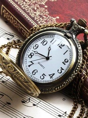 какие бывают часы-кулоны