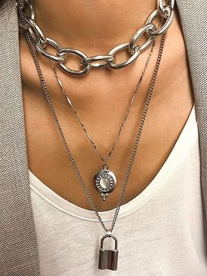 ожерелье и цепочки