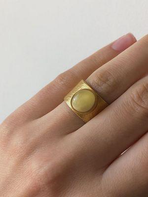 как носить кольцо с янтарем