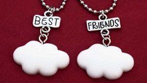 Кулоны для друзей: особенности, как выбрать и носить