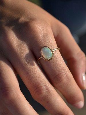 Золотые кольца с опалом: особенности, как выбрать и носить