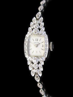 Женские часы с бриллиантами: особенности, как выбрать и носить