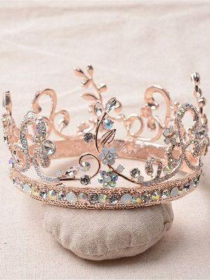 оригинальное кольцо в виде короны
