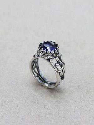 винтажное кольцо с сапфиром