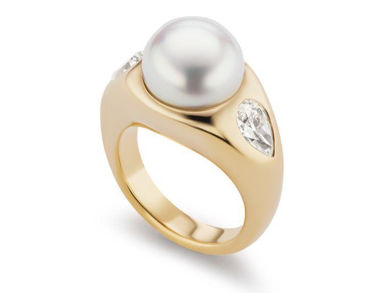 Кольцо из 18-каратного золота с бриллиантами и жемчугом Южного моря от Brent Neale