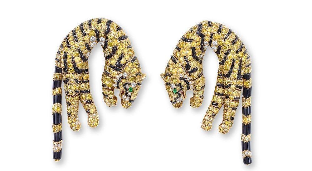 Cartier изготовил серьги в виде тигров для американской светской львицы Барбары Хаттон в 1961 году
