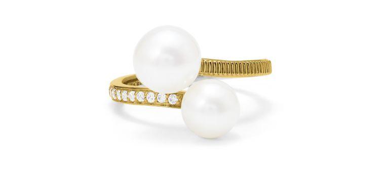 Кольцо Shima Bypass из 18-каратного золота с бриллиантами и пресноводным жемчугом от Judith Ripka