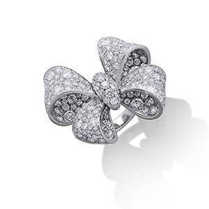 Кольцо с бриллиантами от бренда Picchiotti