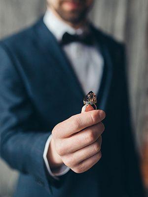 Кольцо с раухтопазом: особенности, как выбрать и носить