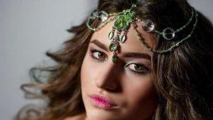 Тика: особенности необычного украшения на голову