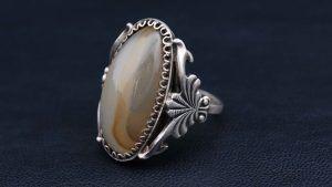 Серебряные кольца с агатом: особенности, с чем выбрать и носить