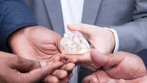 Алмаз Мира (Peace Diamond): история и факты о внушительном минерале