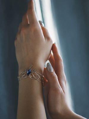 эльфийские украшения на руку