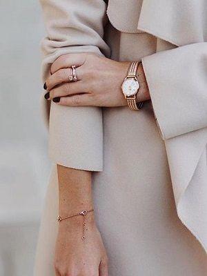 стильные недорогие часы