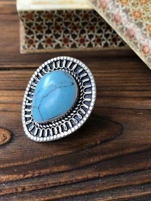 кольцо в форме капли