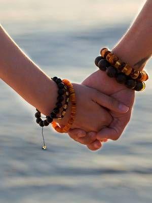 браслеты из янтаря для пары