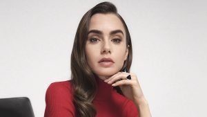 Cartier назначил Лили Коллинз новым лицом Clash de Cartier