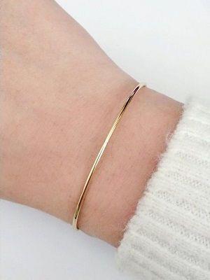 тонкий золотой браслет