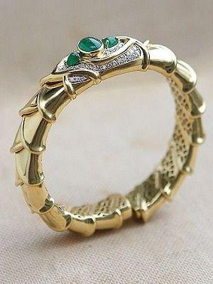 массивный браслет из золота