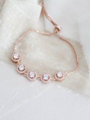 красивый женский браслет