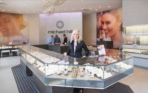 Локдаун в Австралии снижает продажи Michael Hill