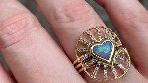 Радужное кольцо Nesting от Eden Presley