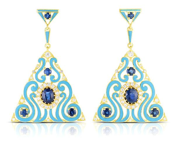 Серьги из золота 18 карат с сапфирами 7,75 карата, бриллиантами и эмалью, 28 100 долларов; бренд Cicada Jewelry