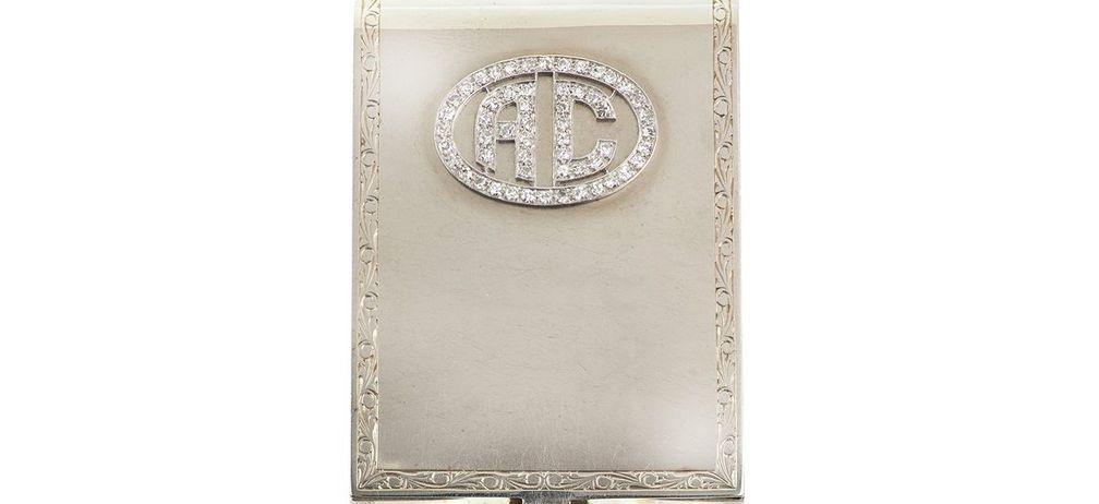 Футляр для спичечного коробка Капоне из 14-каратного белого золота, украшенный 63 бриллиантами