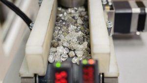 Прозрачность цепочки поставок положительно влияет на восприятие бриллиантов