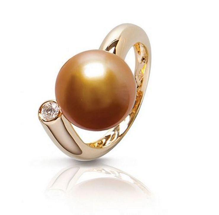 Кольцо Comète от Jewelmer из желтого золота с жемчужиной южных морей и бриллиантом