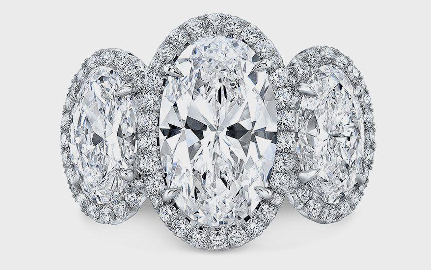Украшение из коллекции Movál от Rahaminov Diamond