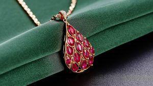 Рубин для Рака: подходит ли, как носить рубин